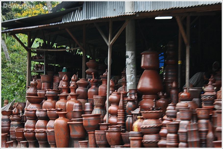 Kerajinan Gerabah Keramik Bayat / Foto : www.dansapar.com