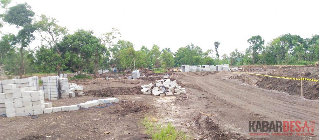 Pembangunan Rest Area di sisi barat Jembatan Suramadu wilayah Madura / Foto : Firmansyah