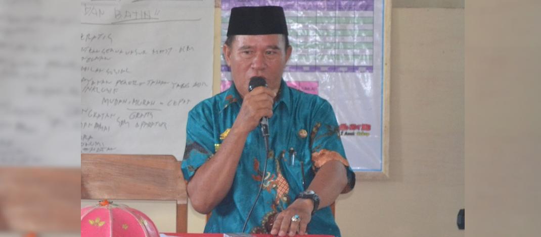 Bostan Tata, S.Sos. Kepala Desa Popo Kecamatan Galesong Selatan Kabupaten Takalar, Sulawesi Selatan.
