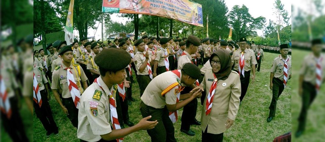 Wakil Bupati Tegal,Dra.Umi Azizah menghadiri Kegiatan Raimuna Cabang VIII Kwarcab Gerakan Pramuka Tegal (Foto : Nurhasan)