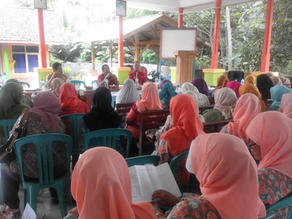 Acara validasi data kader & Pembinaan Kader Posyandu