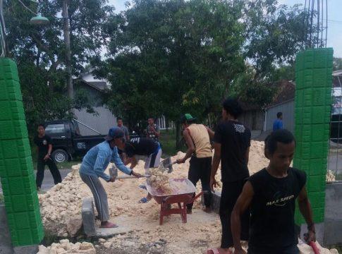 Gotong Masyarakat Desa Banjarejo