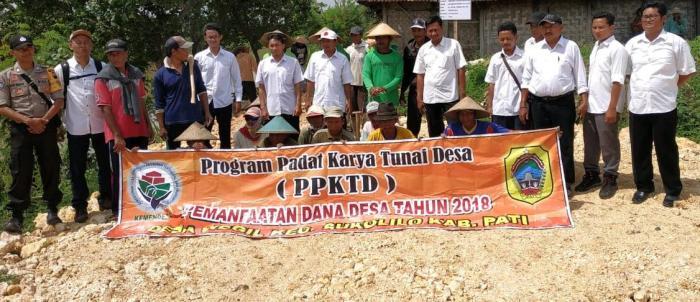 Program Padat Karya Tunai (PKT)